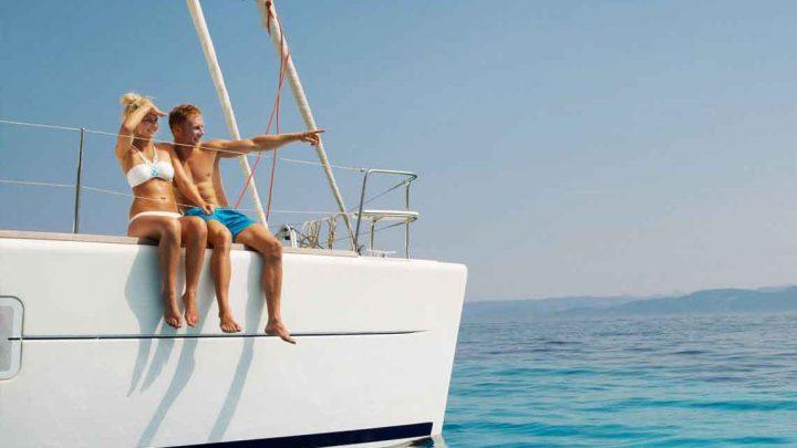 Прогулка и парусные яхты Сочи